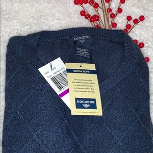 🌟NEW🌟with Tags DOCKERS Extra SOFT Sweater😎